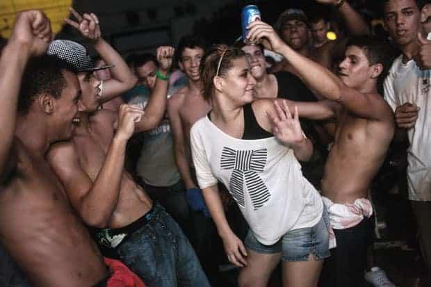 baile de paz en brasil