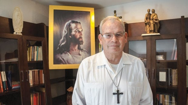 Prelatura Cancún-Chetumal, Legionarios de Cristo sacerdote