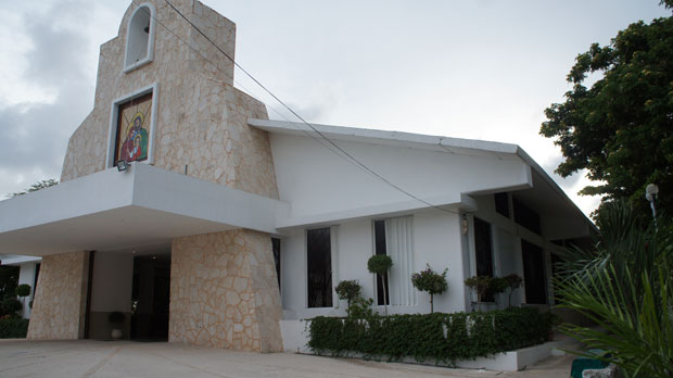 Prelatura Cancún-Chetumal, Legionarios de Cristo iglesia