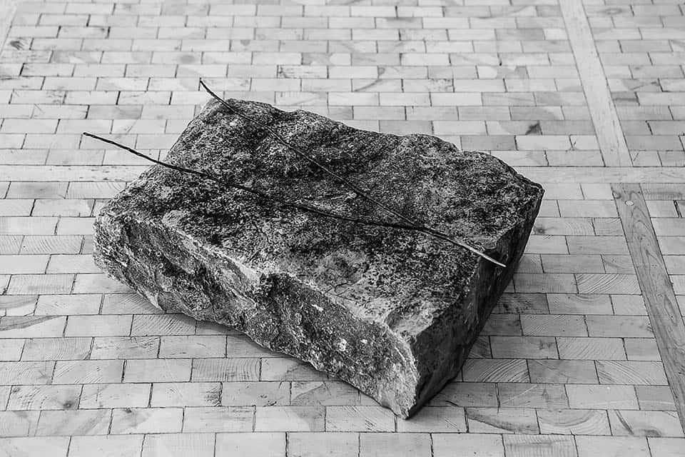 """""""A cada forma de pensamiento le corresponde un tipo de detector magnético."""" Bronce y piedra."""