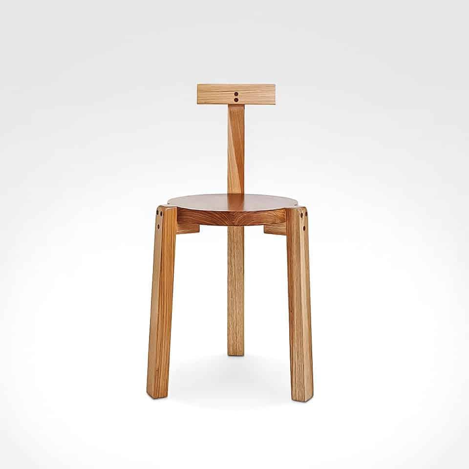 Cecilia León de la Barra Giraffe Chair