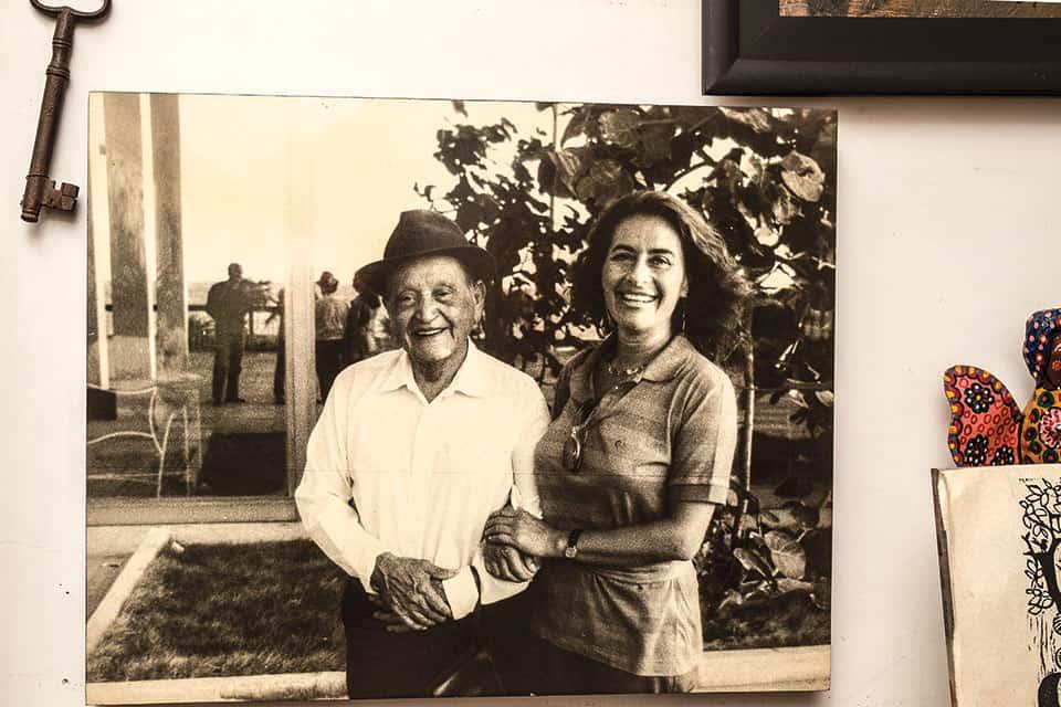 Helena y Mármol.