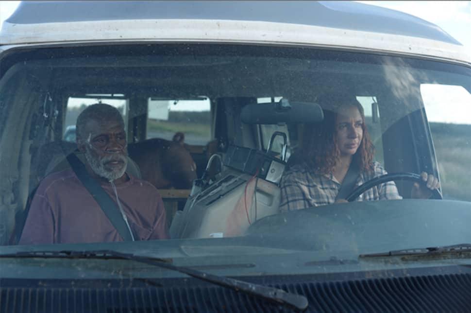 Maya Rudolph y Danny Glover en Mr. Pig