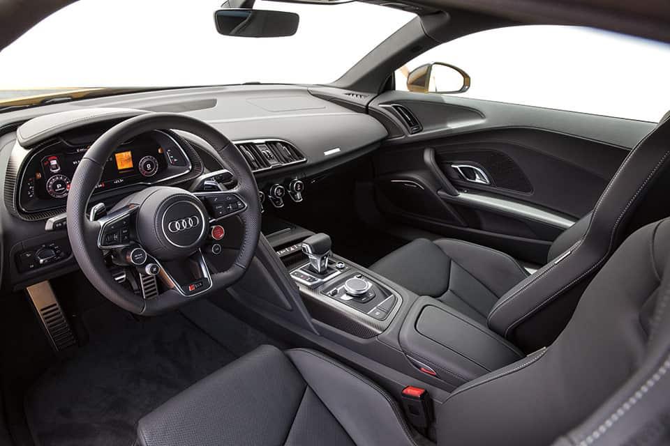 Tablero del Audi R8