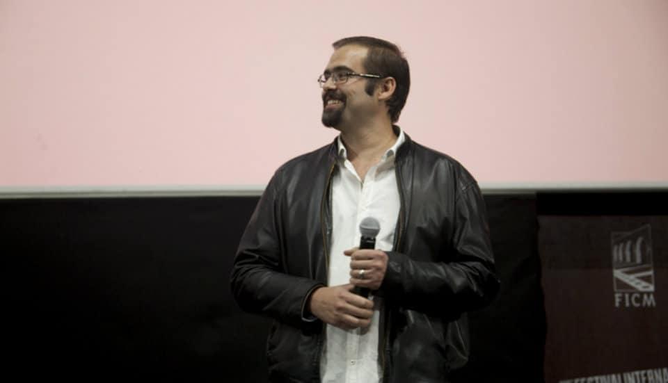 Diego Ros presenta su ópera prima