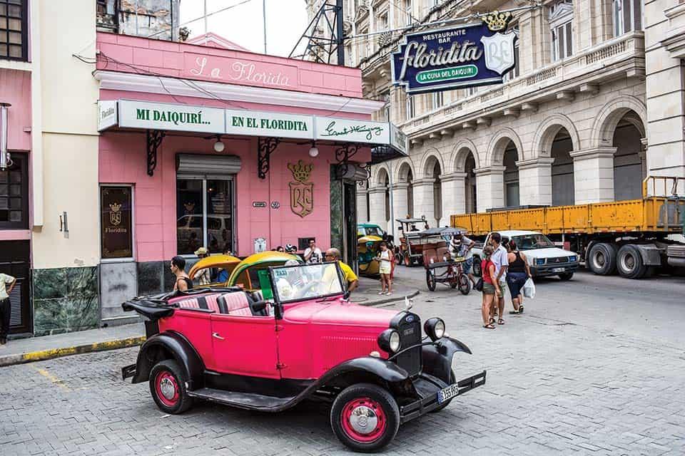 Bar Floridita, en el centro de La Habana