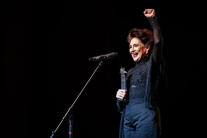 Ofelia Medina recibió el Premio Mayahuel.