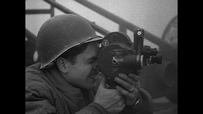 Soldado camarógrafo en five came back, nuevo documental de netflix.
