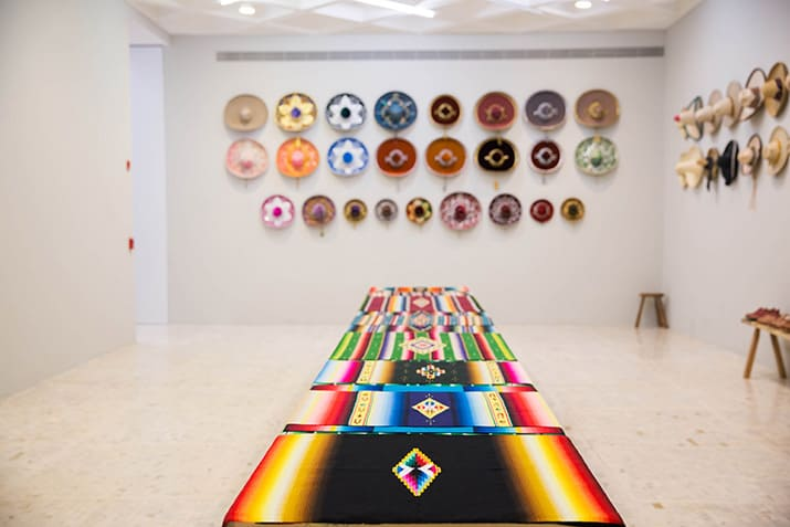 Claudia Fernández Ceremonia Museo Tamayo arte popular mexicano, int4