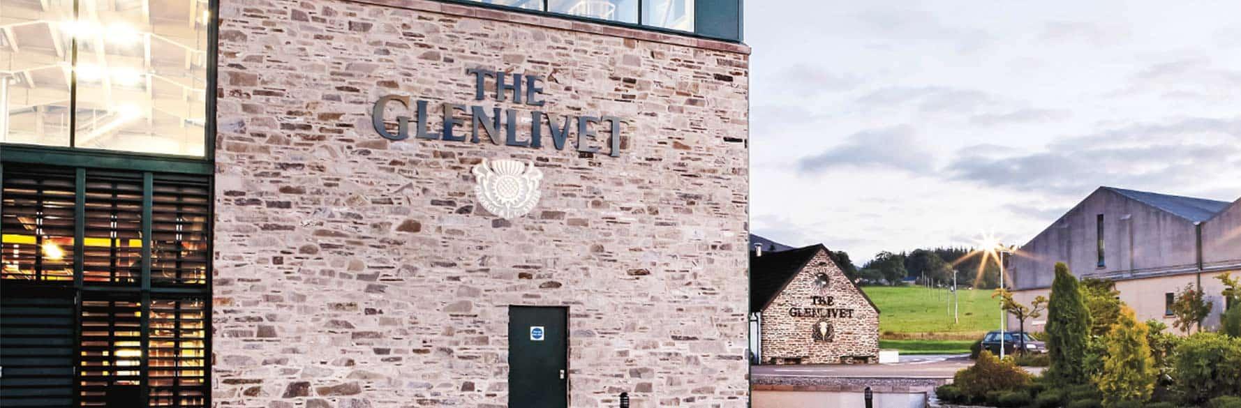 whisky escocés Glenlivet destilería portada