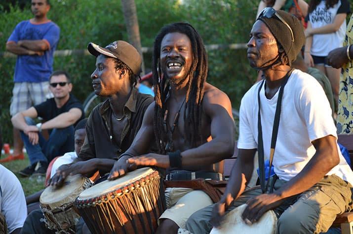 migrantes áfrica subsahariana españa barcelona ritmos para el paraíso, int3