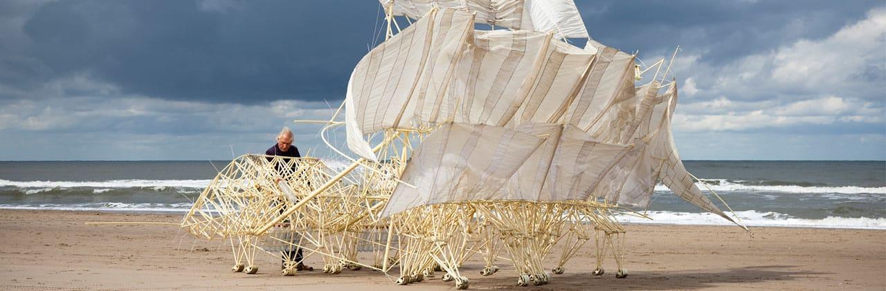 theo jansen asombrosas criaturas laboratorio arte alameda strandbeest, portada