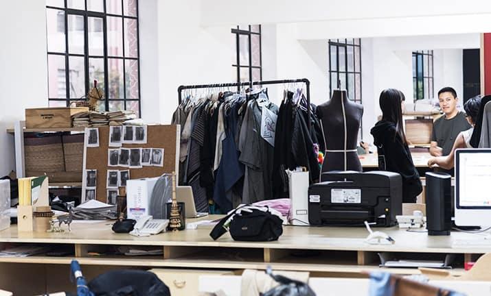 carla fernández diseñadora de moda tradición mexicana, int3