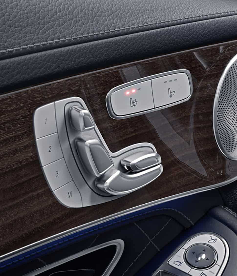 Control automático y memoria de posición en asiento del conductor.