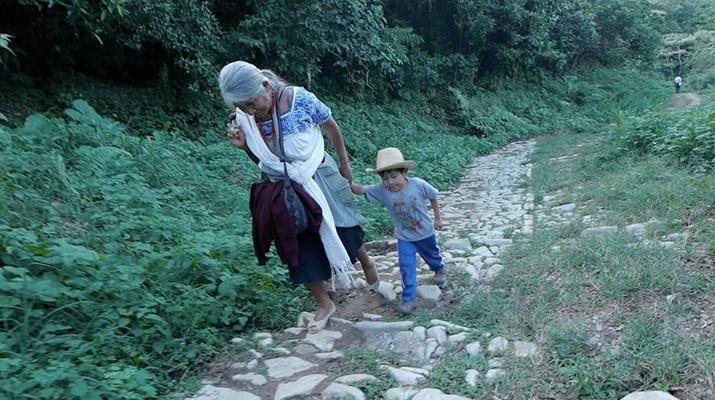 Café documental náhuatl, int1