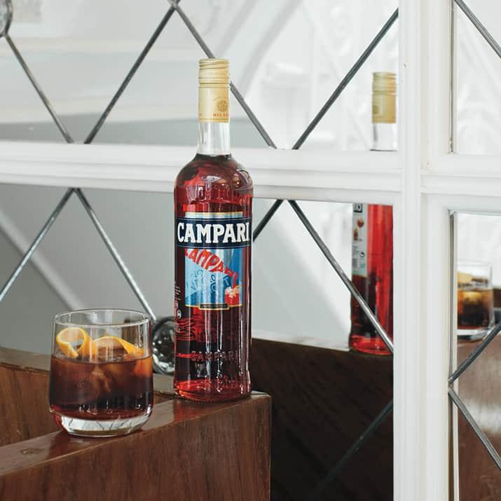 mixología y cocteles de verano, campari