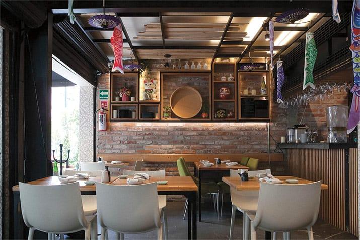 Kazu's Kitchen restaurante int1