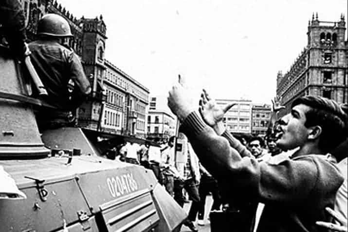 UNAM saca archivos del 68, foto 2