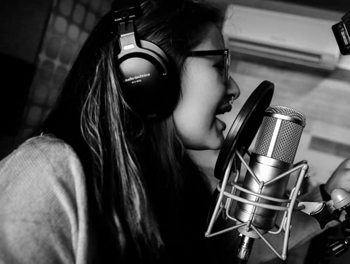 voz contra muro rap, afromega