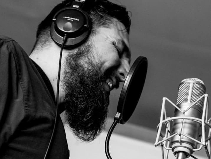 voz contra muro rap, danger