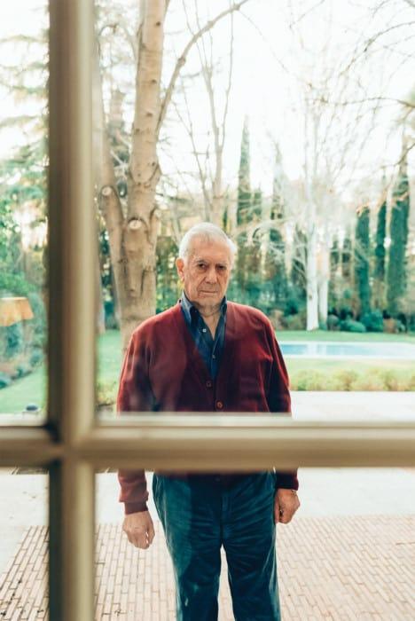 Mario-Vargas-Llosa-Estudio