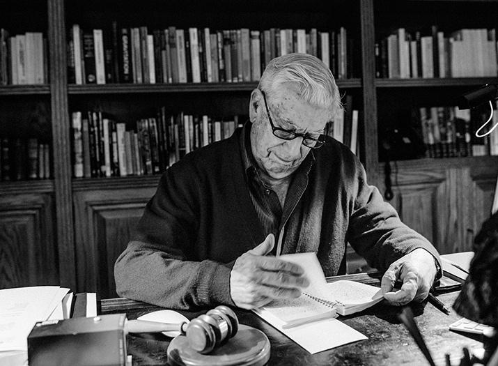 Mario Vargas Llosa La llamada de la tribu, foto 4