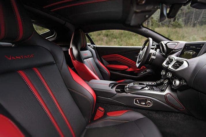 Aston Martin Vantage, int2