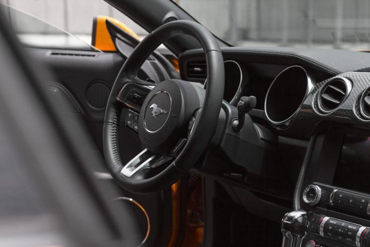 Mustang, Gt naranja