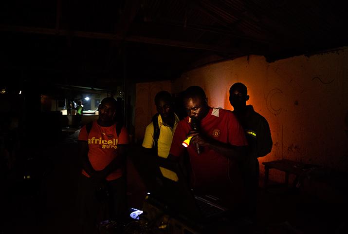 videojockeys africanos, int1