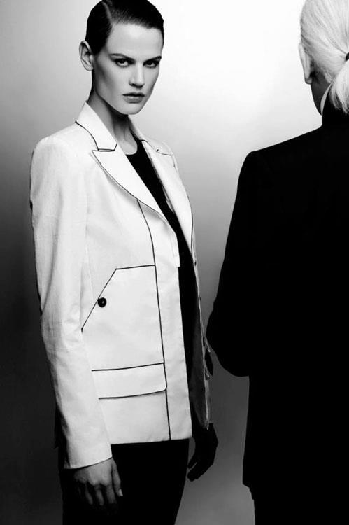 Lagerfeld, int3