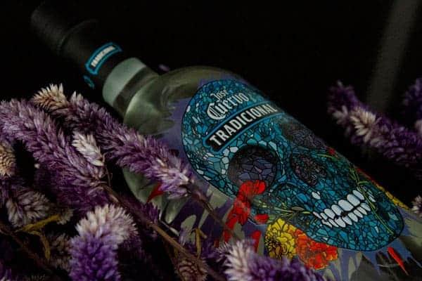 Edición especial de Tequila Tradicional, int1