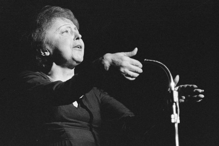 Edith Piaf, int1