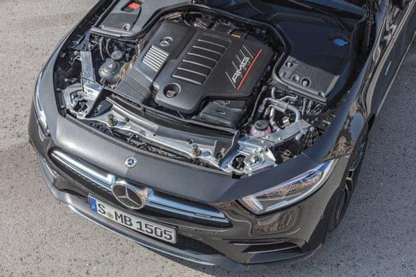 Mercedes Benz, int3