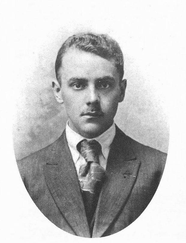 Carlos Pellicer, int1