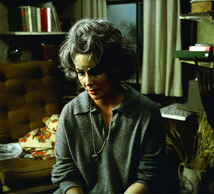 Elizabeth Taylor, int3