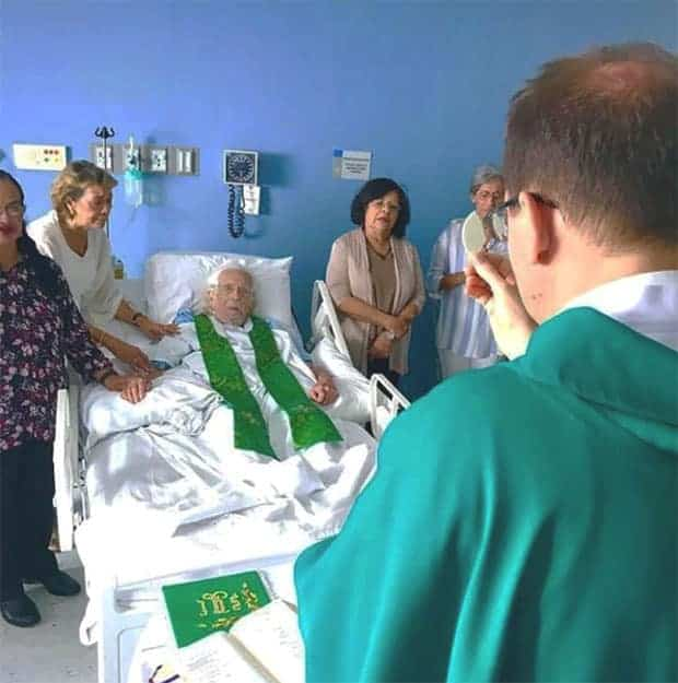 Ernesto Cardenal hospital