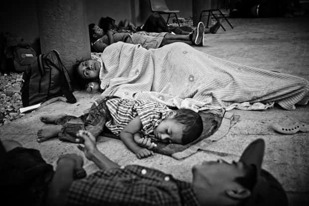 migrantes centroamericanos en refugios en México