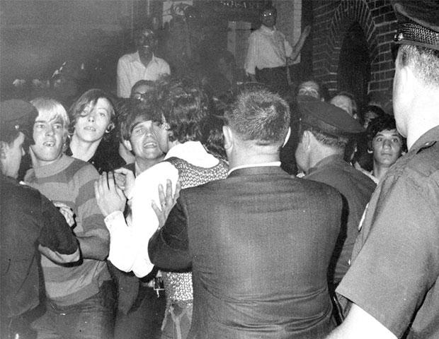 Disturbios en Stonewall