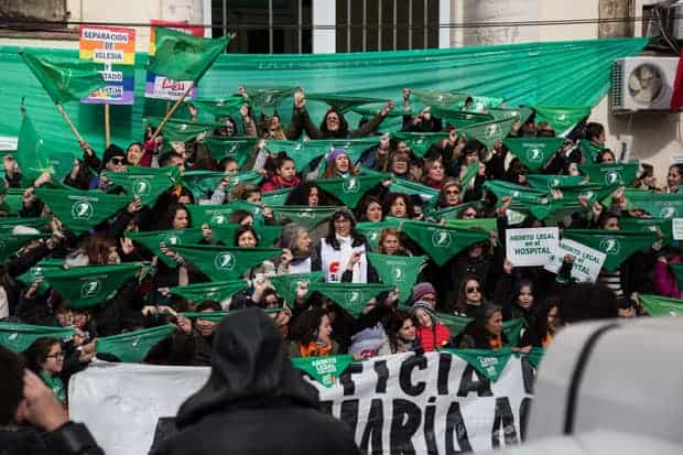 Pañuelo verde en Argentina