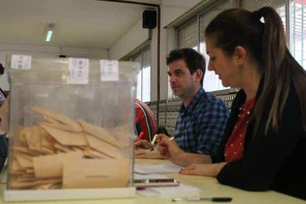 28 de abril 2019: Elecciones Generales Españolas, Mesa electoral, Colegio Luis Buñuel, Málaga.