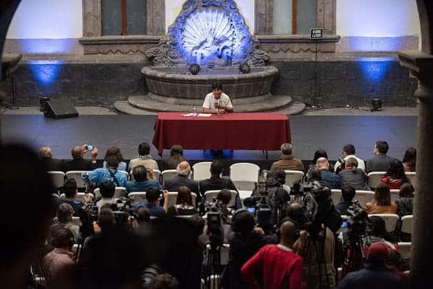 Conferencia de prensa de Evo Morales en Palacio Nacional, tras su llegada a México.