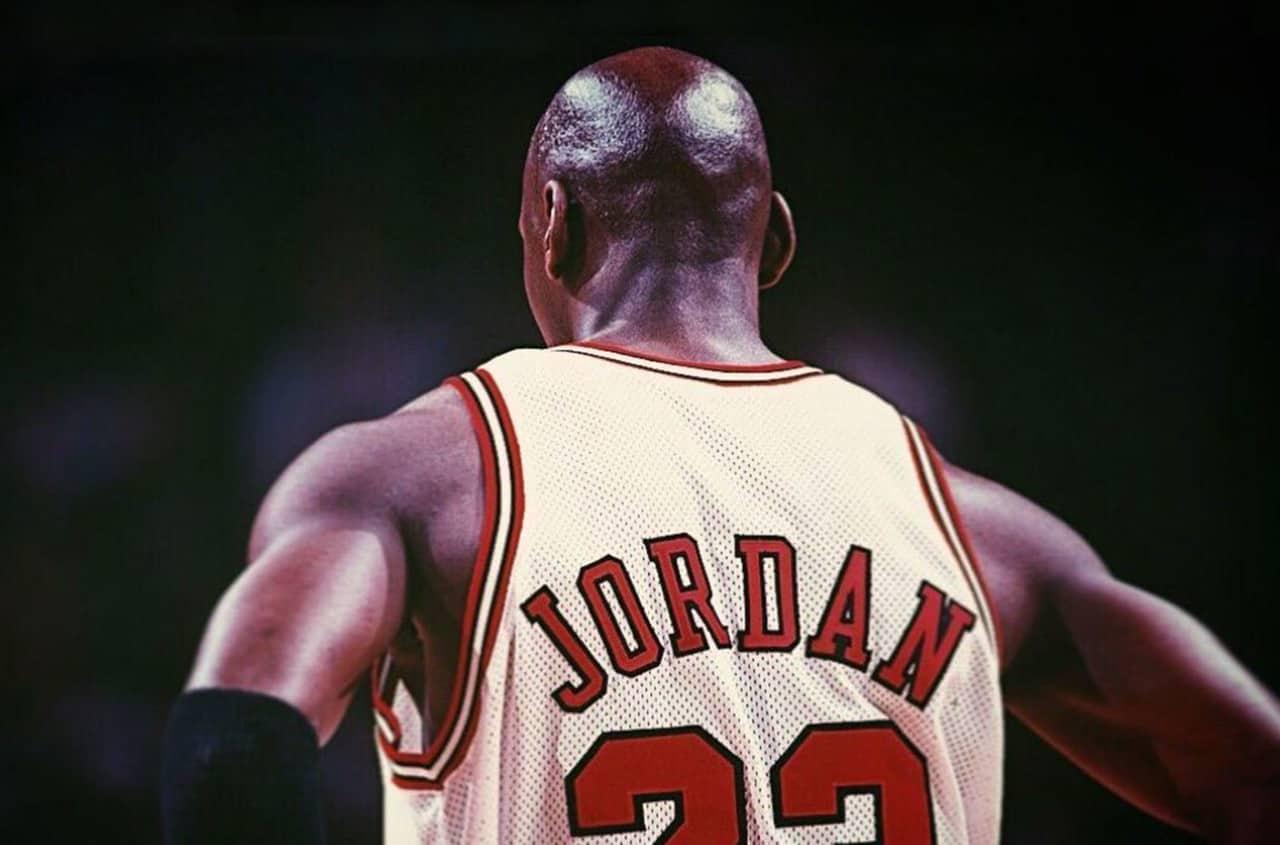 una vez borracho capítulo  La nueva serie documental sobre el legendario Michael Jordan