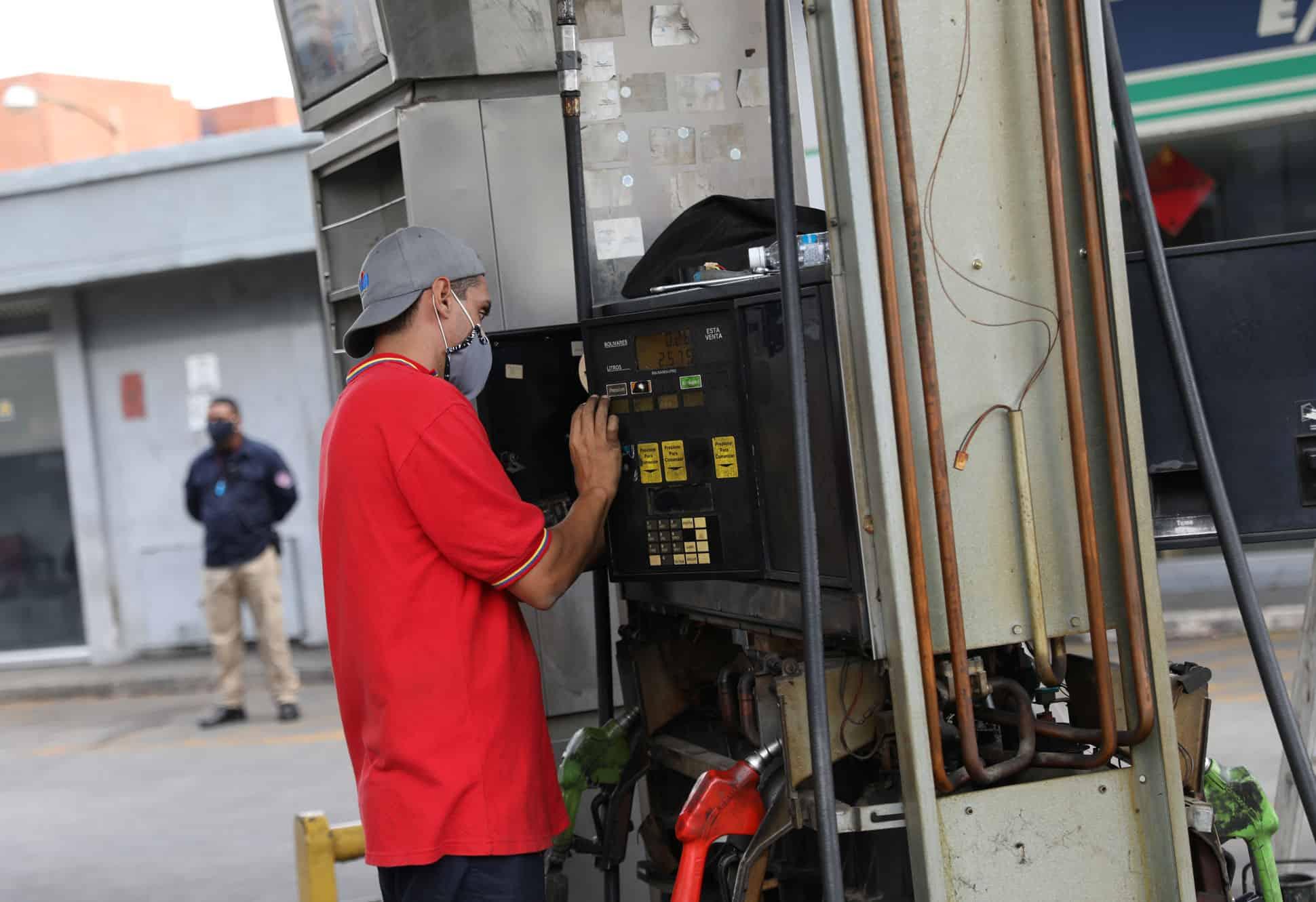 desabasto de gasolina venezuela coronavirus