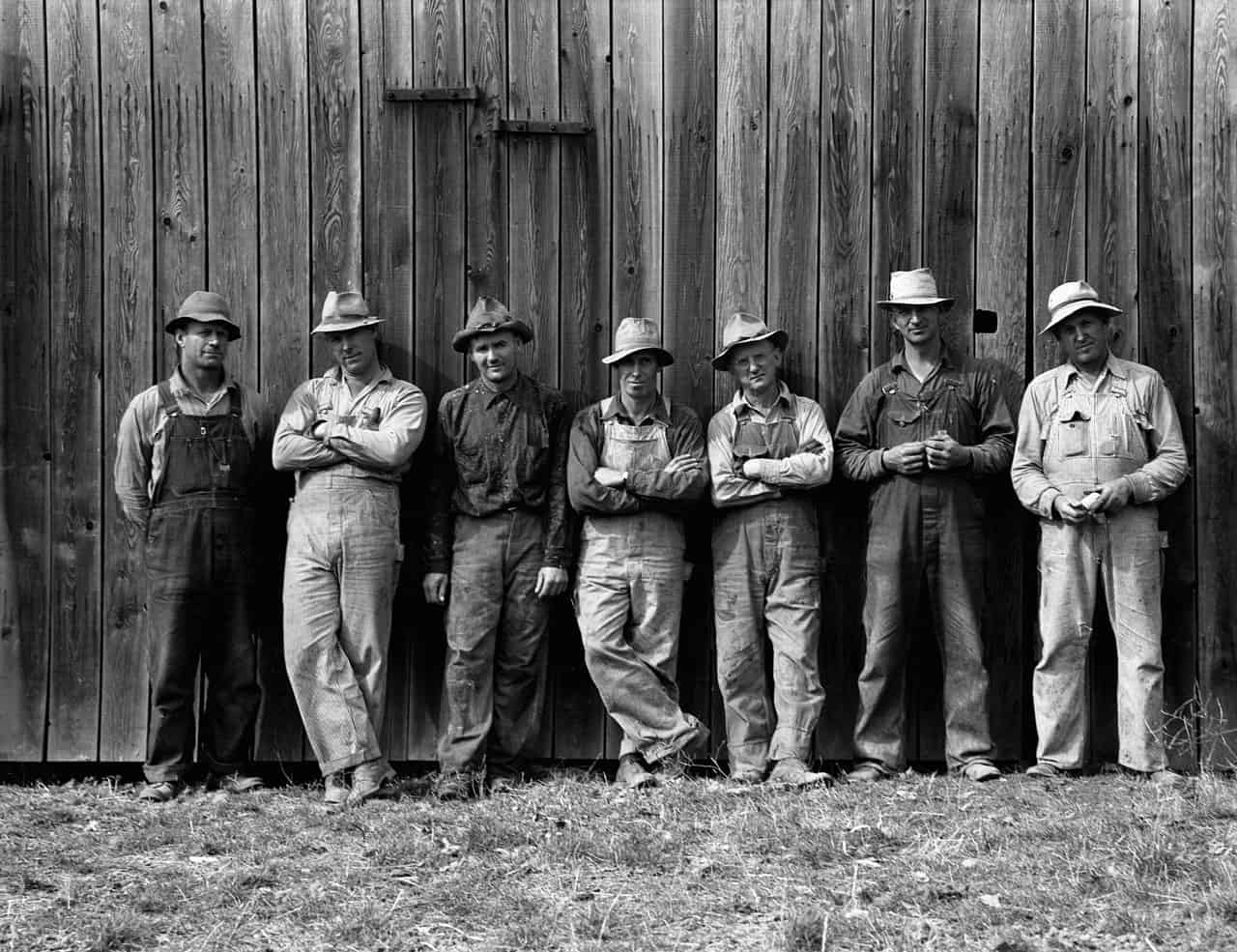 Granjeros de West Carlton, Yamhill County, Oregon (1939). Dorothea Lange.