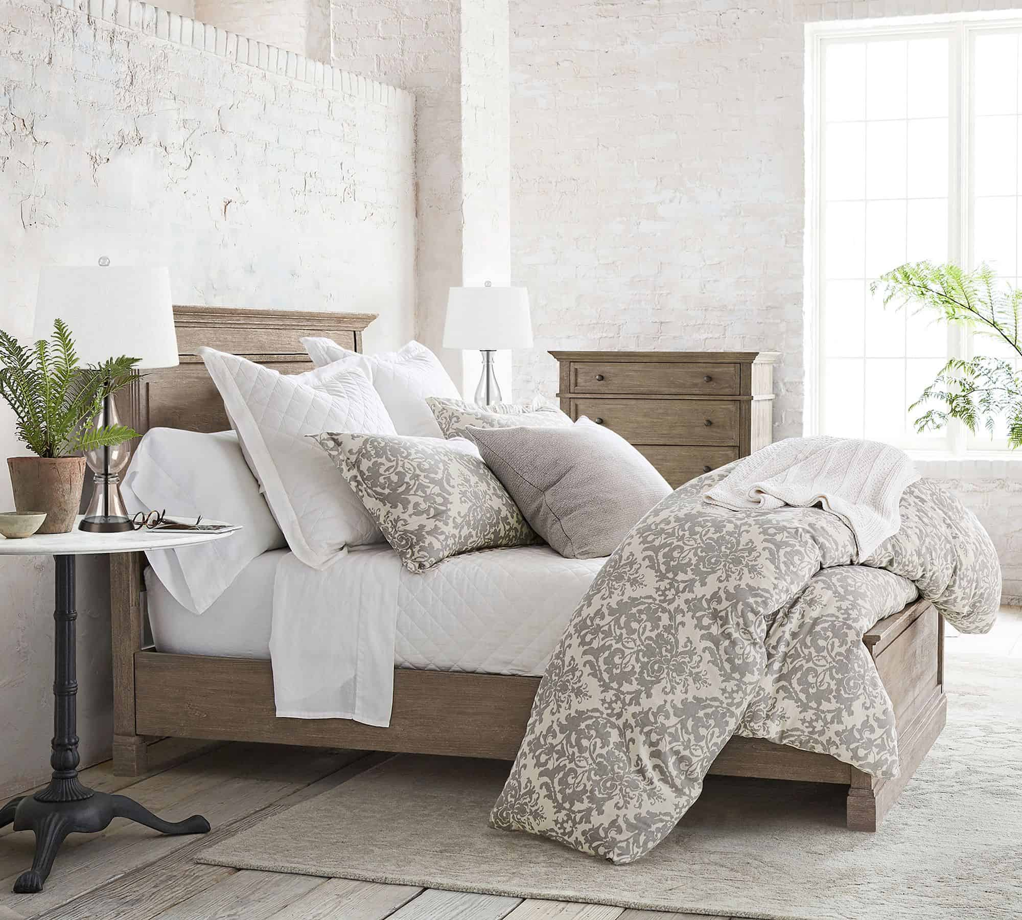 pottery barn cama