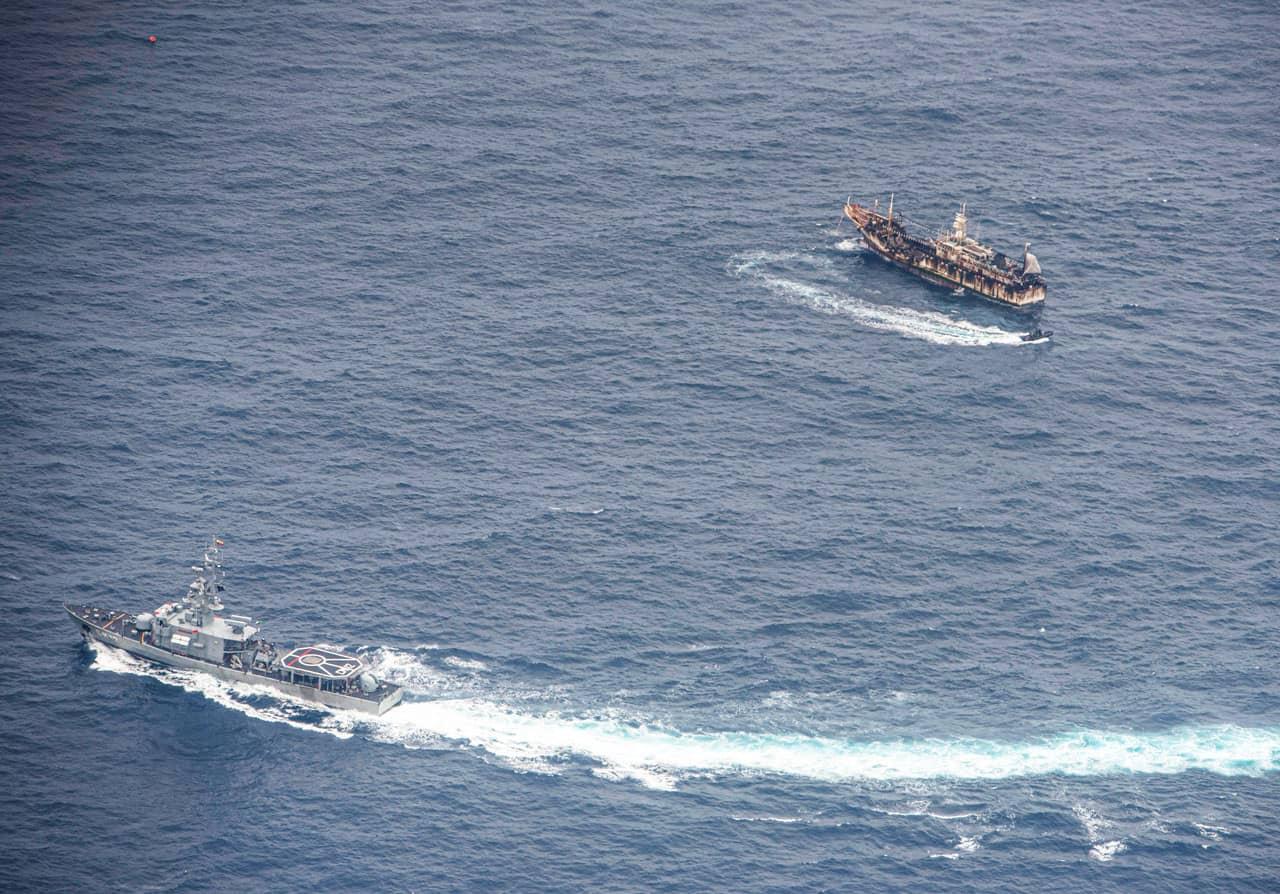 flota china pesca ilegal aleta de tiburón