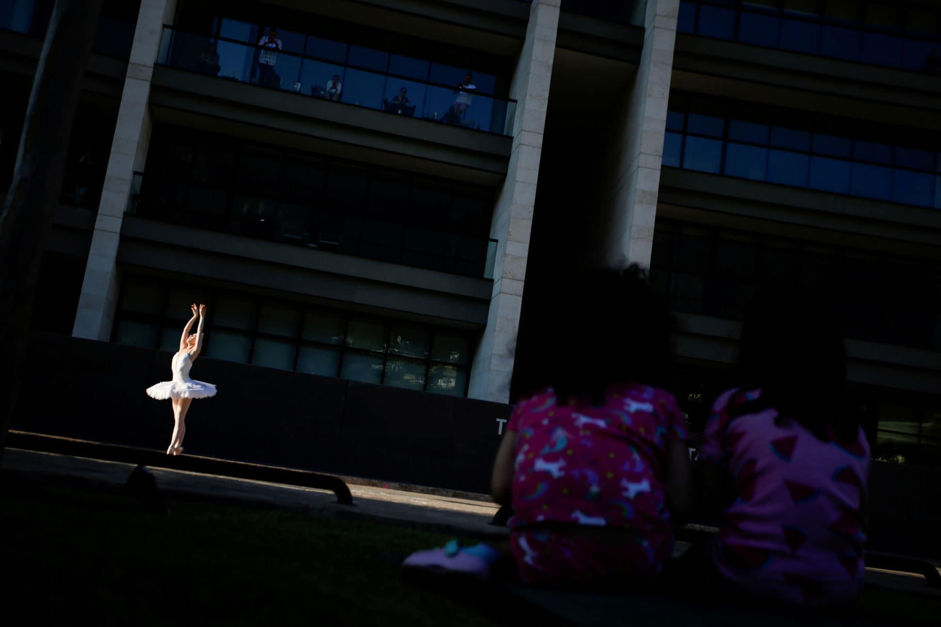 resistir-el-dolor-sin-quejarse-asi-es-el-mundo-del-ballet 1