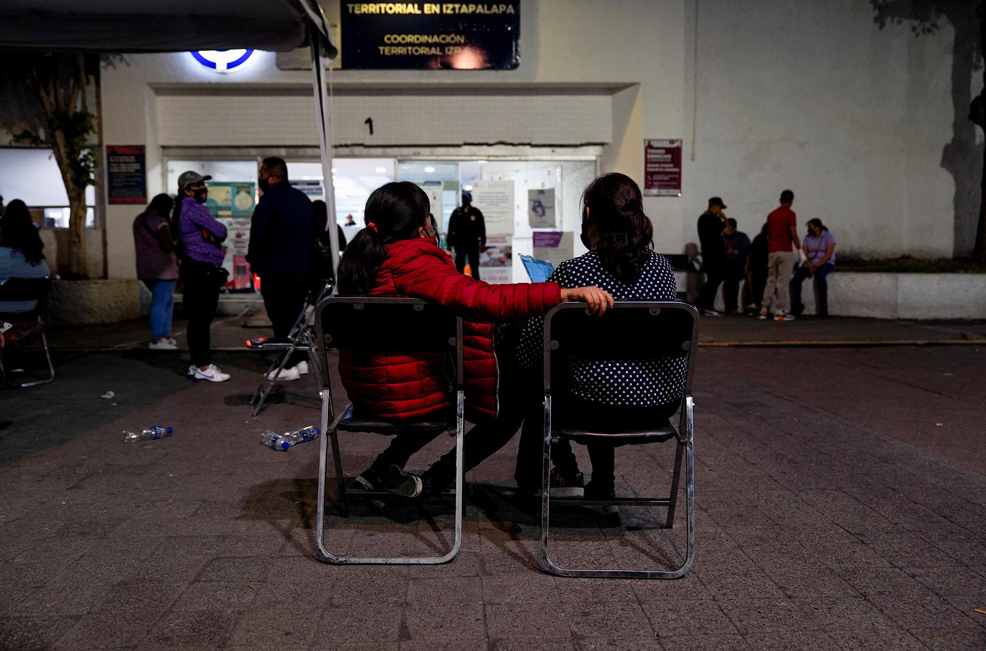 Colapso_Metro_estación_Olivos_Fernanda_Caso_Marcha_para_protestar_contra_el_gobierno_después_del_accidente_del_metro_Luis_Cortes_Gatopardo_Actualidad