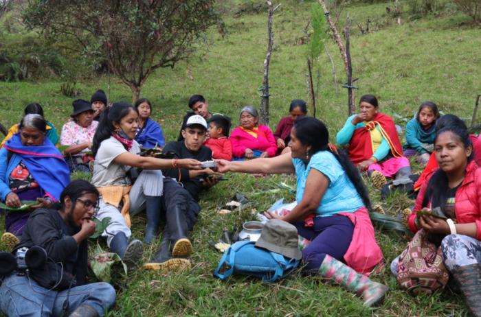 Una serie de proyectos de cine ide üueblos ndígenas en Colombia, comienzan a rendir frutos: una resistencia cinematográfica indígena.
