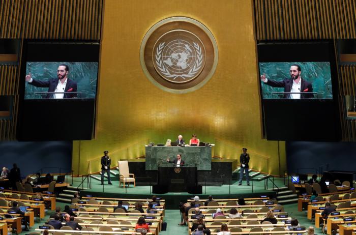 Nayib Bukele, presidente de El Salvador, se dirige a la 74a sesión de la Asamblea General de las Naciones Unidas en la sede de la ONU en la ciudad de Nueva York, Nueva York, EE. UU., 26 de septiembre de 2019. REUTERS / Lucas Jackson